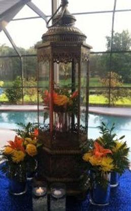 Grande-Gold-Ornate-Fresh-Floral-Centerpi
