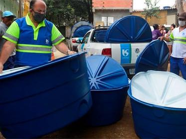 Iniciativa da Sabesp promove entrega de 4,5 mil caixas-d'água em SP