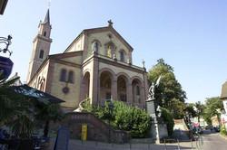 旧教の聖ラウレンティウス教会