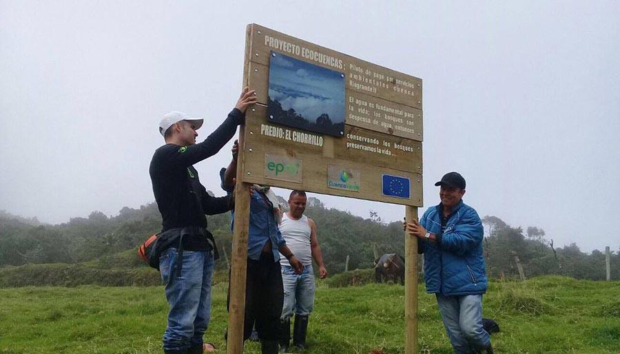 Cuenca Verde: Instalación de Vallas en los Predios de Influencia