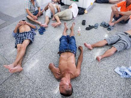 China emite alerta por onda de calor que já causou 19 mortes