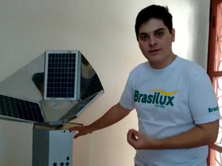 Jovem brasileiro cria máquina de tratamento de água movida a energia solar