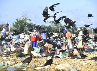 América Latina e Caribe: 30% do lixo vai parar onde não devia