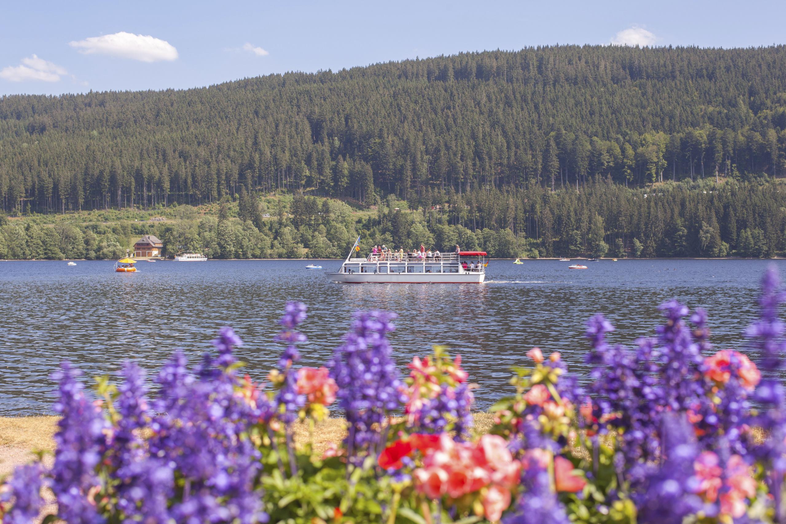 Boot_auf_dem_Titisee©Hochschwarzwald_To