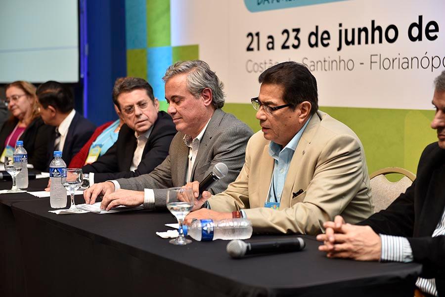 Dr Roberto Olivares - Presidente eleito da RELOB