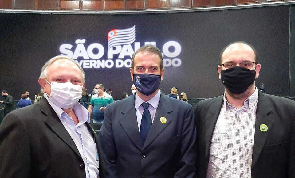 (Sergio Razera, Luciano Almeida e Ivens de Oliveira)