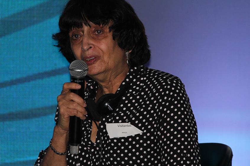 Gloria Coron