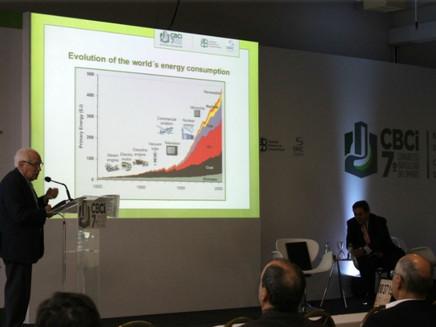 Especialistas discutem papel da indústria do cimento nas emissões de CO2