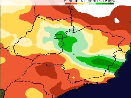 Risco de tempestades aumenta em MG e ES