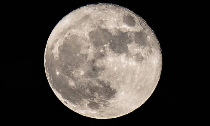 Com água em abundância a Lua passa a ser uma possibilidade de entreposto estratégico em viagens espaciais.