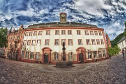 大学町ハイデルベルクの象徴ハイデルベルク大学