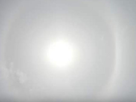 Por que o halo solar apareceu no fim de semana?