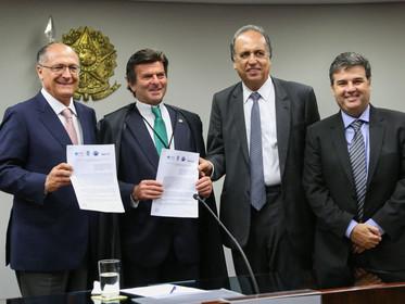 São Paulo assina acordo com Rio de Janeiro e Minas Gerais envolvendo o rio Paraíba do Sul