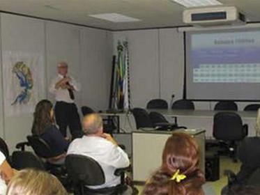 ADASA apresenta ao CBH-Paranoá/DF a previsão de cotas do lago para 2013