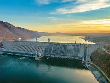 """Água ou energia? """"O Brasil precisa de uma matriz energética mais equilibrada"""", defende especialista"""