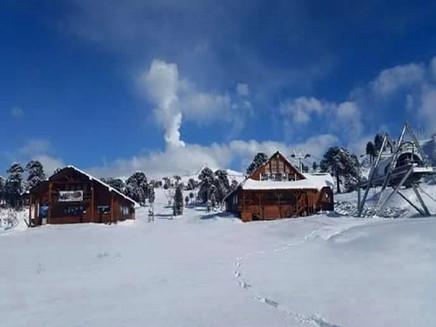 Antes de chegar ao Brasil, ar frio provoca neve em diversas regiões da Argentina e Chile