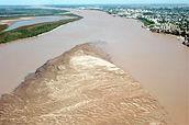 El rio Paraná sigue bajando
