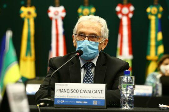 Presidente do Conselho Federal de Medicina Veterinária (CFMV), Francisco Cavalcanti