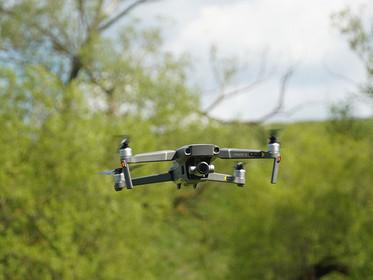 Projeto inovador de drone que coleta e analisa amostras de água é premiado pela Febrace
