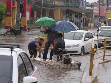 Distúrbio Ondulatório de Leste é a causa das chuvas intensas no Recife