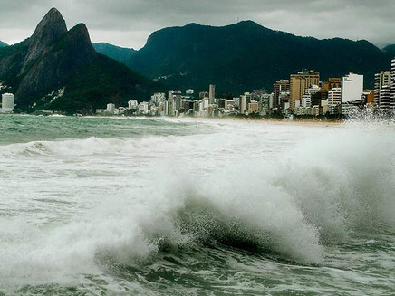 Como o swell e a ressaca se formam?
