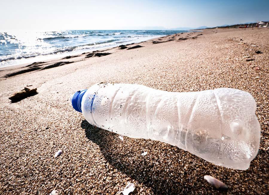 Costa Rica vai banir plásticos descartáveis em 4 anos O país se dedica a restaurar suas florestas e proteger a biodiversidade.