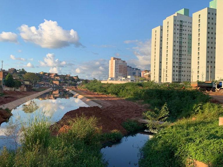 Em Salvador, serão executados serviços de montagem de canalização e de revestimento na calha do rio Jaguaribe e do Canal Mangabeira (Foto: MDR)