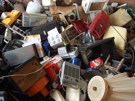 Quase todo lixo eletrônico do Brasil é descartado de maneira errada