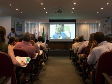 Agravamento da crise hídrica, falta de recursos e compromisso político dominam debates da 85ª plenár