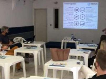 Associação fala sobre a Mútua para formandos em Blumenau