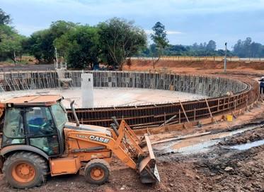 Construção da nova ETE avança com a finalização dos decantadores