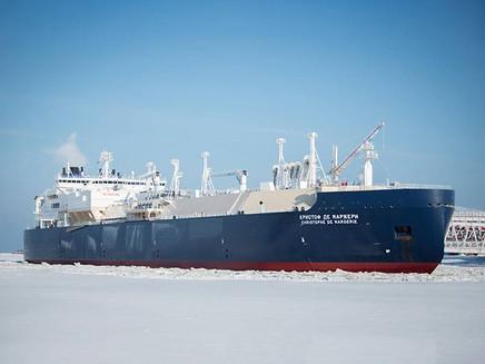 Petroleiro russo cruza o Ártico sem ajuda de quebra-gelo
