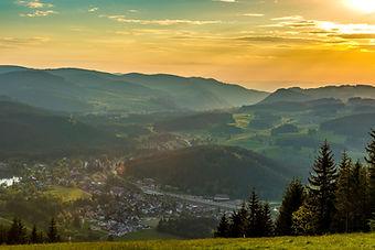 Abendstimmung_Ort_Titisee©Hochschwarzwa