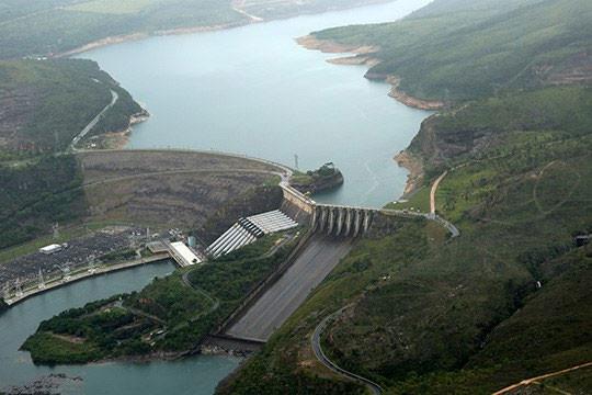 Hidrelétrica de Furnas (MG) - Foto: Raylton Alves / Banco de Imagens ANA