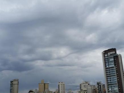 Cidade de São Paulo recebeu 50% da chuva de julho em 24h