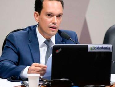Vitor Saback toma posse como Diretor da ANA