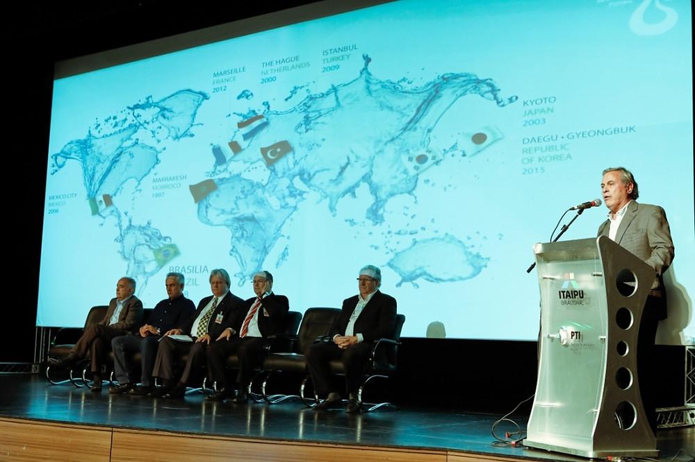 """""""A água deve ser discutida por toda a sociedade"""", destaca governador do Conselho Mundial da Água durante evento no PTI"""