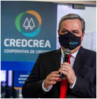Diretor Executivo e Administrativo da CredCrea, Econ. Cesar Augusto Fabre