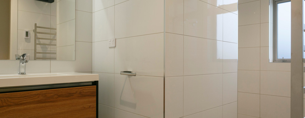 Tiled Guest Bathroom