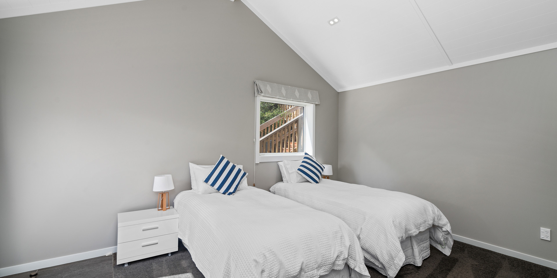 Spacious Boathouse Bedroom