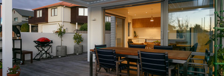 Private Outdoor Courtyard with Dining