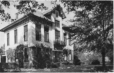 Gemeentehuis ansichtkaart 1950_3.jpg