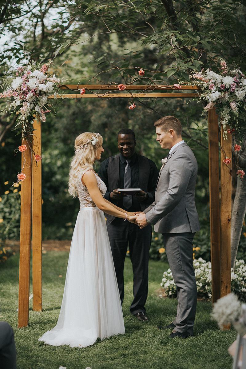 Okanagan Wedding - Linden Gardens (38)