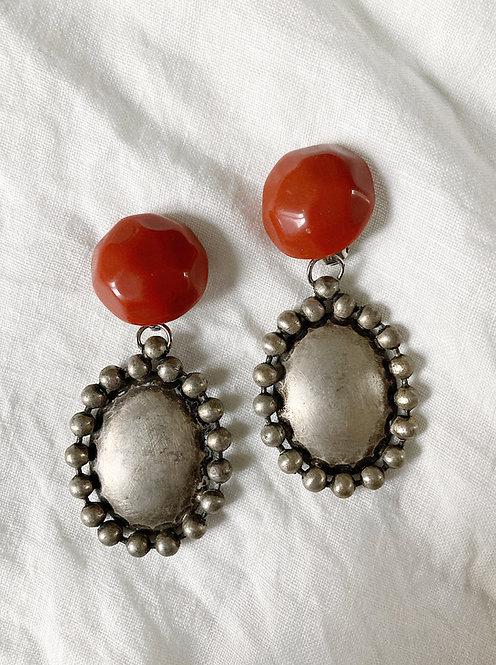 Red pearl and metal pendant earrings