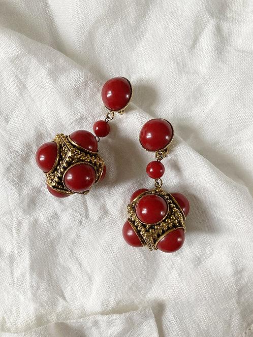 Red pearls pendant earrings