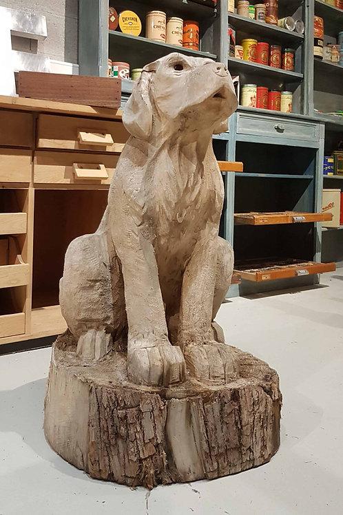 Sculpture chien en bois