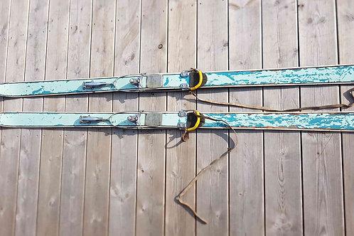 Ancienne paire de ski