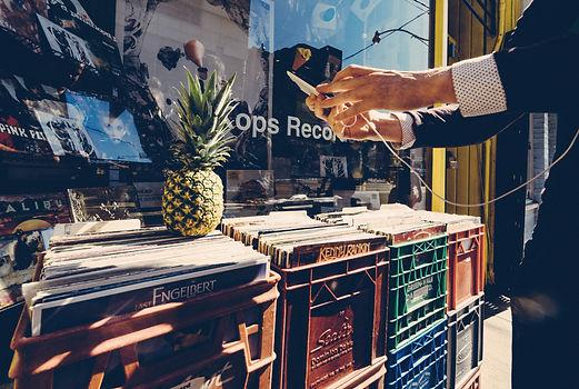 pexels-pineapple-supply-co-139261.jpg