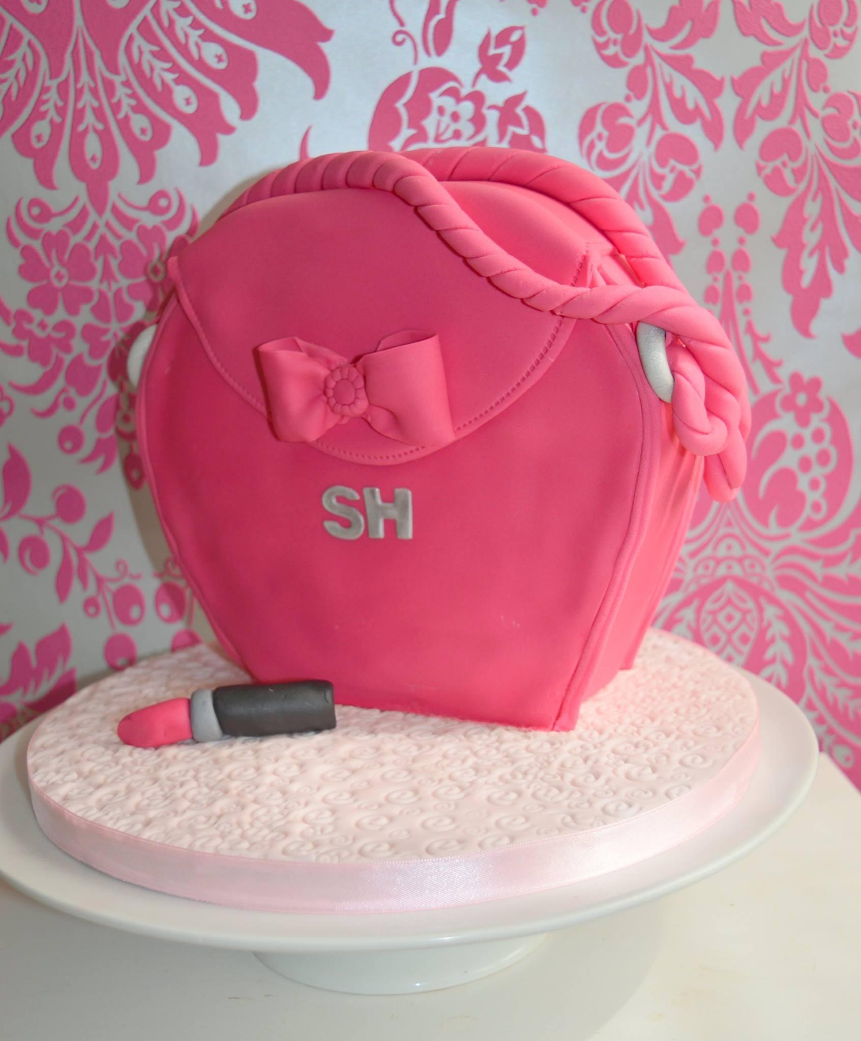 Pink handbag cake