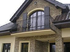 balustrada zewnętrzna kuta tradycyjnie